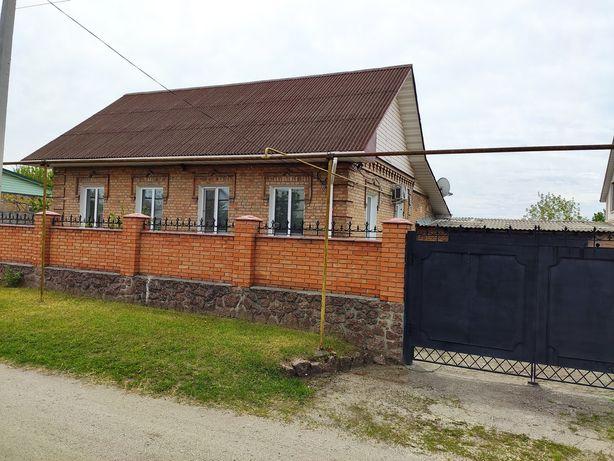Продается добротный дом Лелековка