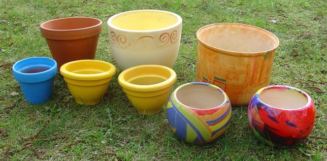 Doniczki donice komplet 8 sztuk kolorowe