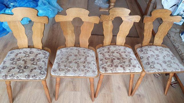 Krzesła dębowe stan bdb.