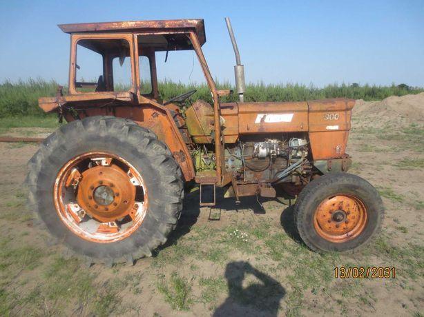 Traktor Fiat 900