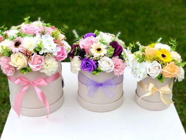 Flower box kwiaty mydlane welur