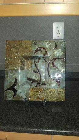 Prato de vidro decorativo grande