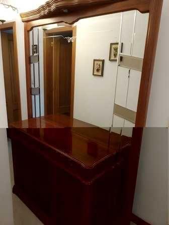 Sapateira  de entrada com espelho