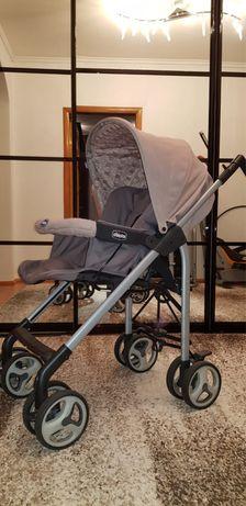 Продам коляску трио спринт фирмы chicco в хорошем состоянии  Вес авток