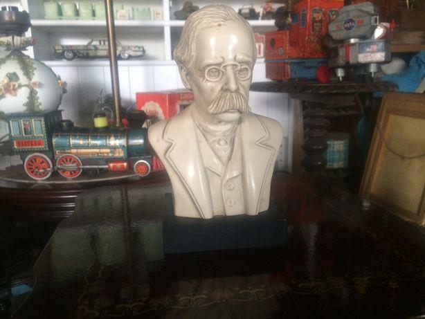 Busto albert Einstein em marfinite