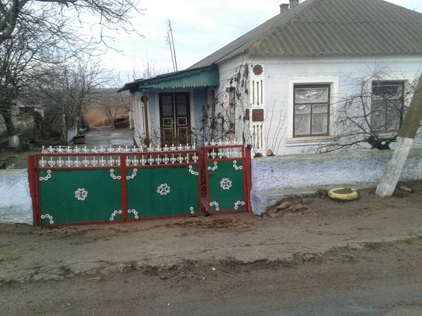 Продам дом в пгт .Александровка