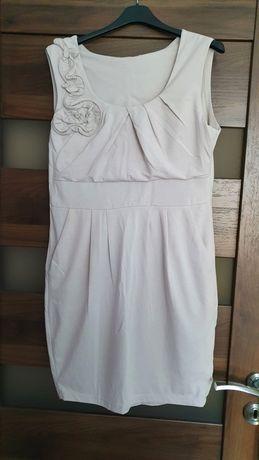 Beżowa sukienka na lato r. M