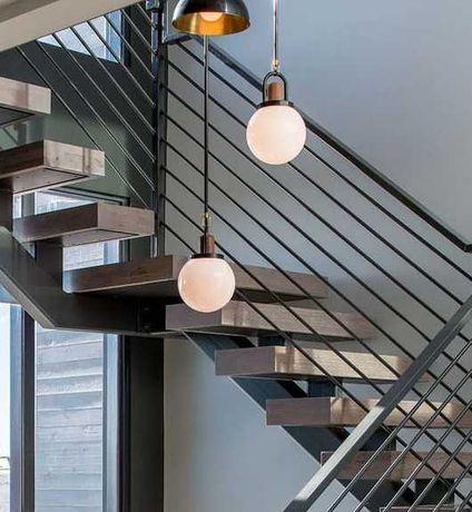 schody na konstrukcji stalowej, metalowe, stalowe, dębowe