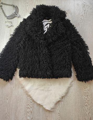 Черная короткая искусственная обьемная пушистая шуба тедди лама шерсть