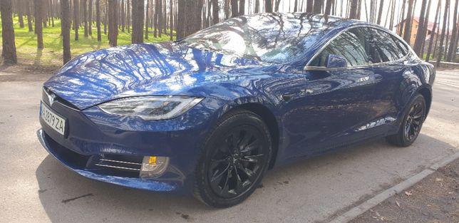 Продам Tesla Model S 100D