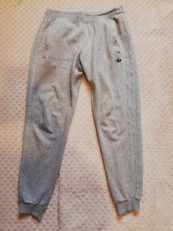 Spodnie Adidas Orginal dresowe r. M *tanio*