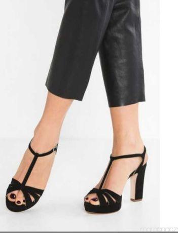 Czarne zamszowe sandały na platformie Kiomi 36