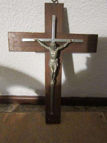 Crucifixo/Cristo na Cruz muito antigo com 25X17cm