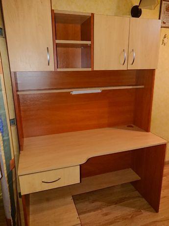 Praktyczne biurko z nadstawką, lampka led, jak nowe