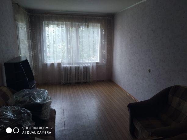 Продам 4-х кімнатну квартиру