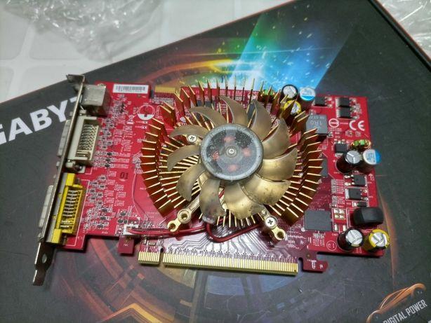 Gráfica MSI  Nvidia Geforce 7600GT