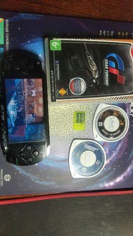 Продам PSP+3 диска и флешка на 1GB