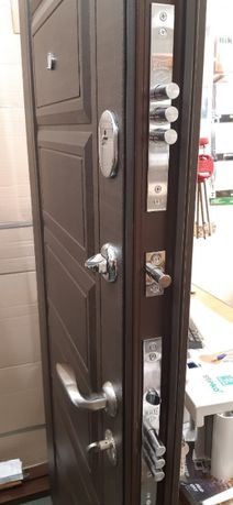 Двери Входные металлические бронированные. Низкие цены.