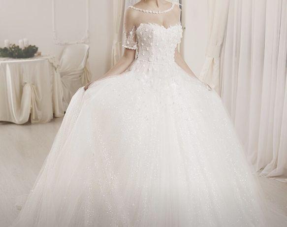 Весільне плаття Amelia Casablanca.Продаж або прокат