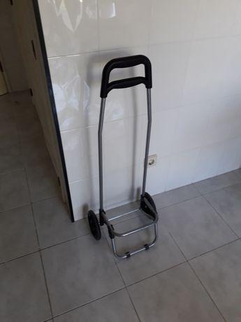Carrinho para transportar compras