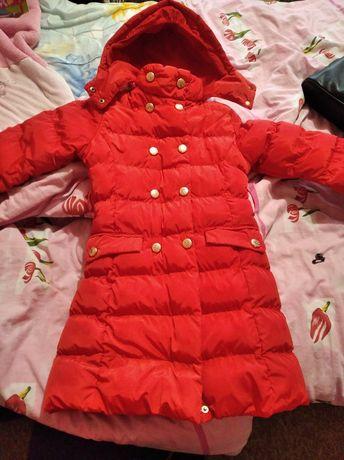 Пальто зимове 6-7 років