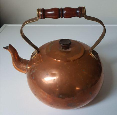 Stary miedziany czajnik Tagus ozdoba stołu
