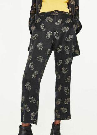 Свободные брюки zara