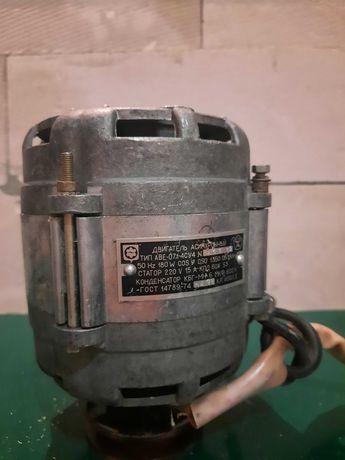 Електродвигатель для станка