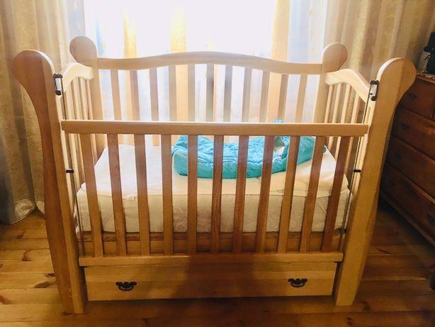 Детская кроватка из натурального дерева!