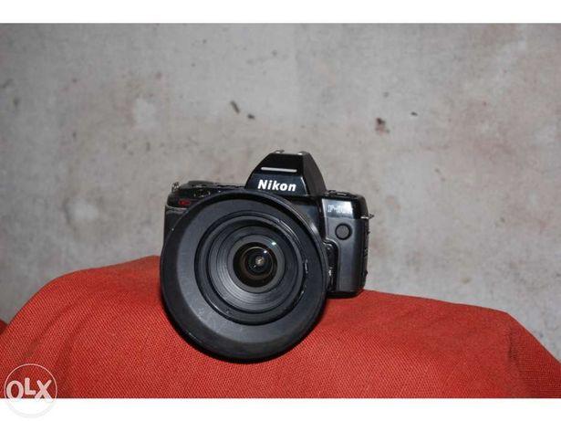 Máquina fotográfica analógica nikon af f-801 S