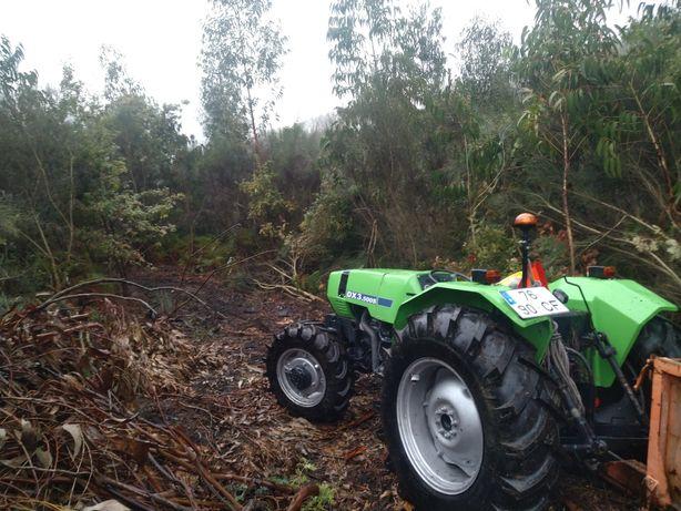 Trator Deutz DX 3500S