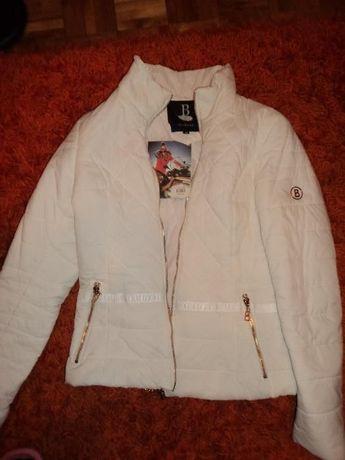 Biała kurtka Bo Bo se