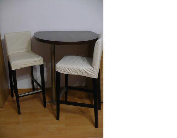Stół barowy z krzesłami