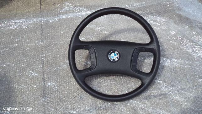 Volante BMW Serie 5 ano 1990 como novo