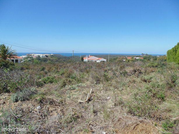 Magnifico lote urbano com vista mar em Vale da Telha
