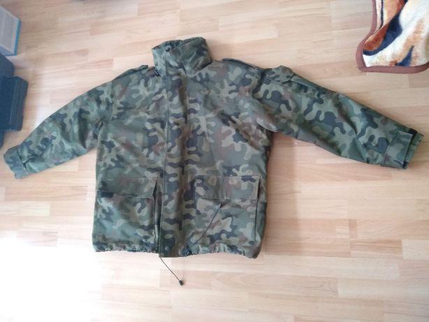 Ocieplone ubranie na złą pogodę GoreTex