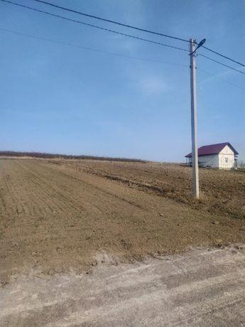 продам земельну ділянку в селі карпилівка