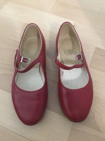 Танцювальне взуття для дівчинки 35 розмір