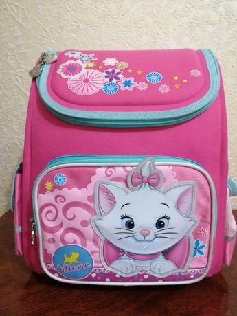 Рюкзак (ранец) 1 Вересня школьный каркасный  Мери Кэт 29*13*34см