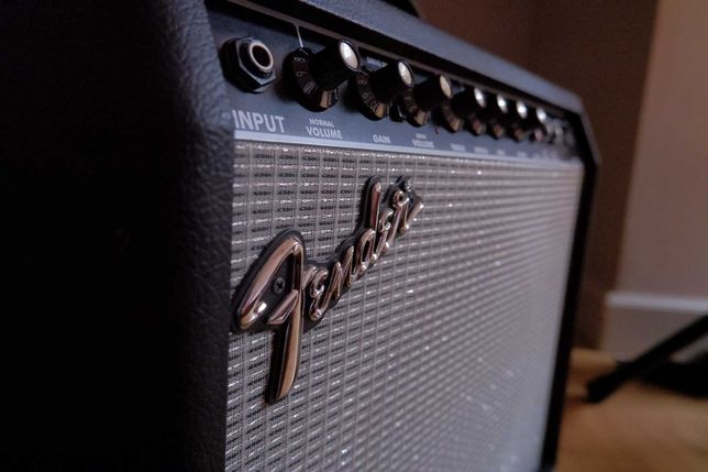 Amplificador Guitarra Eléctrica - Fender Frontman 25R
