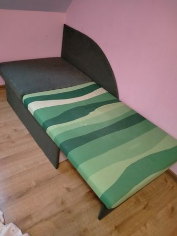 Łóżko dziecięce , tapicerowane , skladane