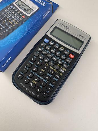Rozbudowany kalkulator CITIZEN idealny dla licealistów/studentów