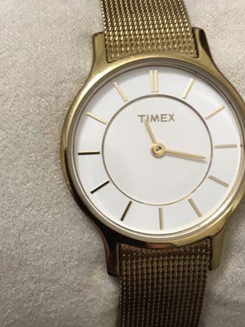 Relógio Timex, de senhora .