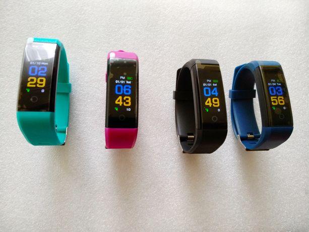 Ciśnieniomierze, pulsometry, SMARTBANDY Nowe liczą kalorie, kroki itd.