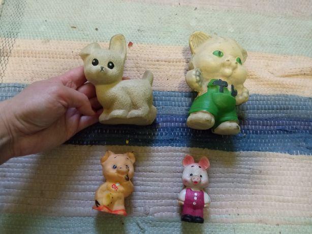 Продам резиновые игрушки СССР