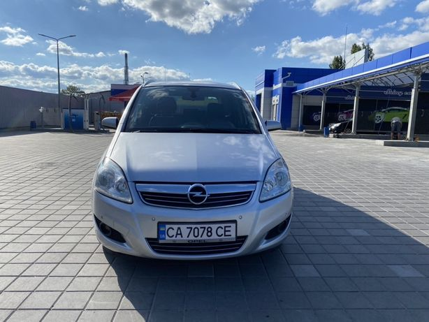 Opel Zafira 1.7 cdti 7 мест