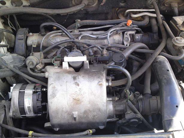 Продам двигатель Пежо 405 1.9