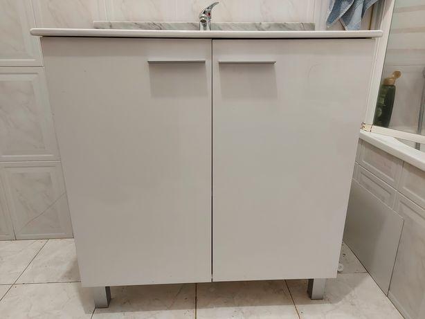 Móvel 80cm + Lavatório + Torneira + Espelho  - IMPECÁVEL com 3 meses