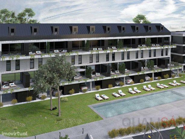 Apartamento T4 novo com lugar de garagem, em condomínio f...