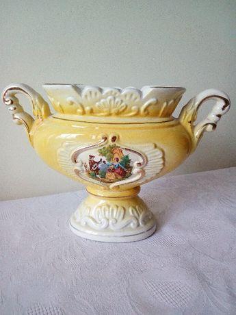Piękny ceramiczny wazon żardyniera scenka